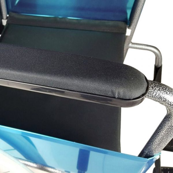 silla de ruedas plegable ruedas grandes ligera ortopedica negro alcazar mobiclinic 4